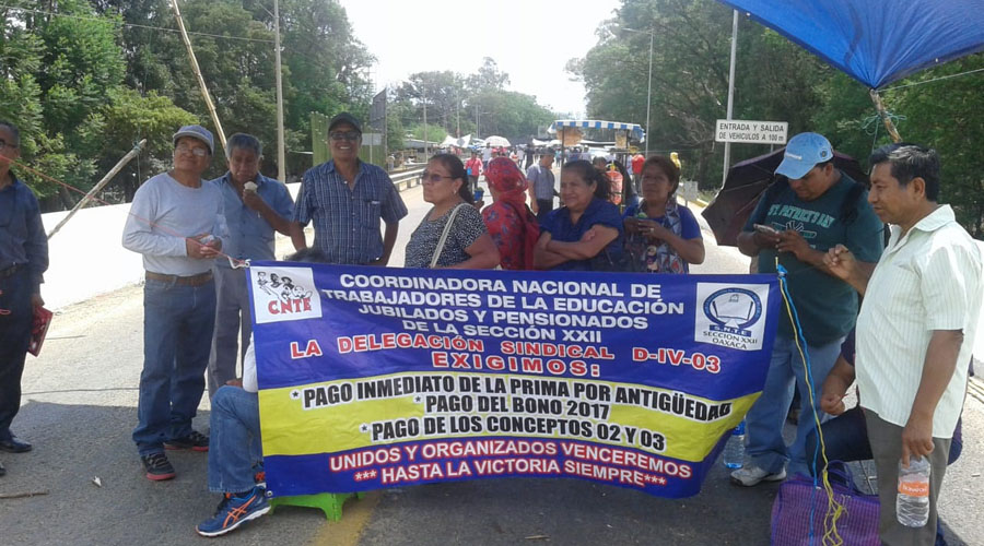 Marcha nacional de jubilados y pensionados contra la Unidad de Medida Actualizada | El Imparcial de Oaxaca