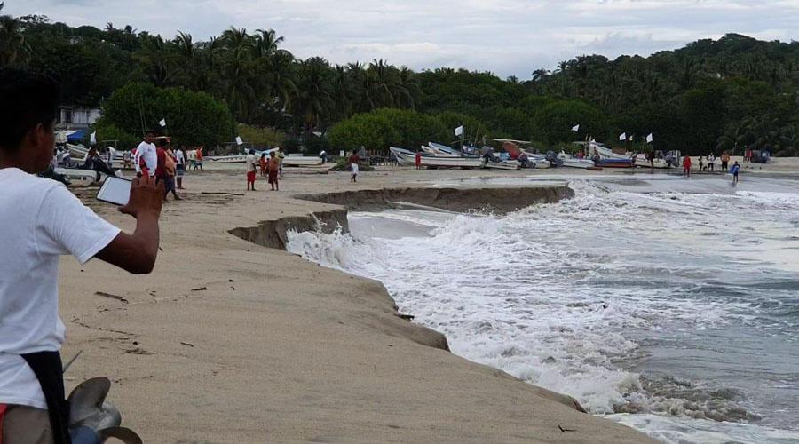 Mar de Fondo afecta a las playas de Oaxaca | El Imparcial de Oaxaca