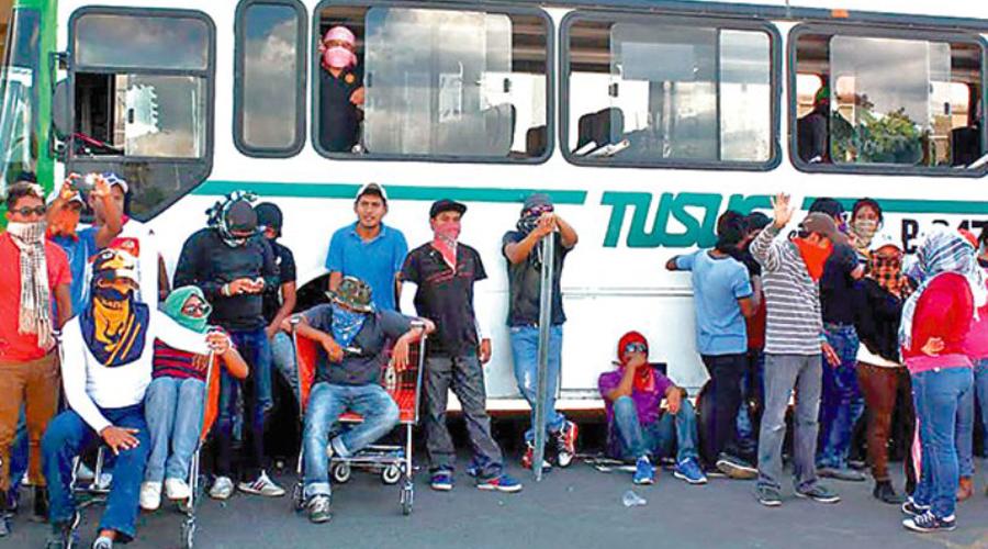 Cumplen con el compromisorio de AMLO, asignan plazas a 702 normalistas en Oaxaca | El Imparcial de Oaxaca