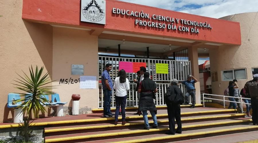Trabajadores se inconforman con director del Tecnológico en Tlaxiaco | El Imparcial de Oaxaca