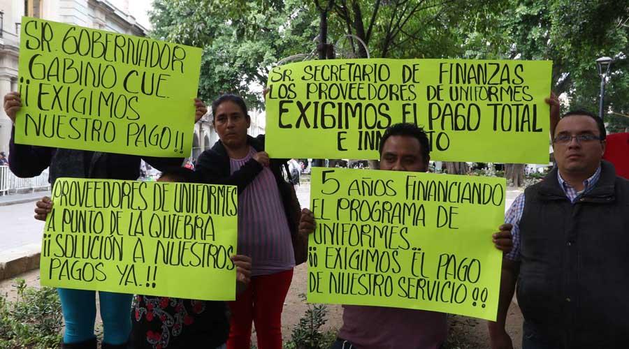Sedesoh se le agota el tiempo, vence plazo y no hay vales para uniformes | El Imparcial de Oaxaca