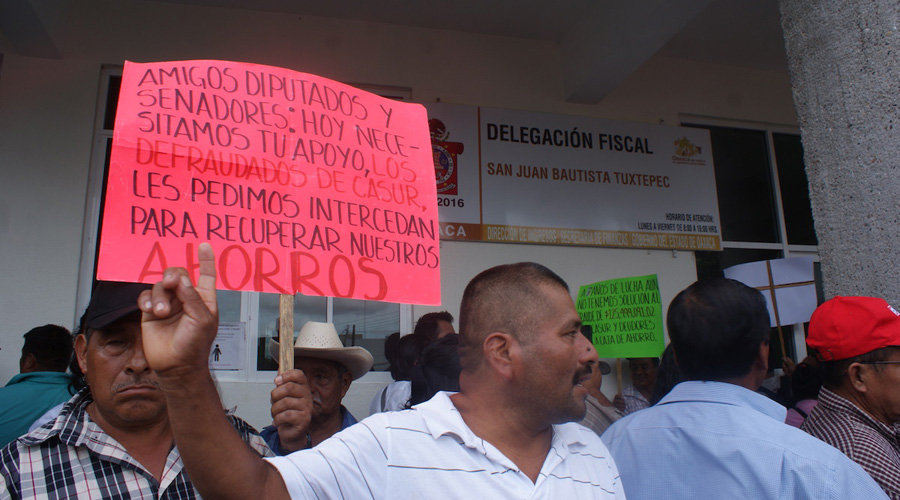 Alertan por fraudes de cajas de ahorro en la región Mixteca | El Imparcial de Oaxaca