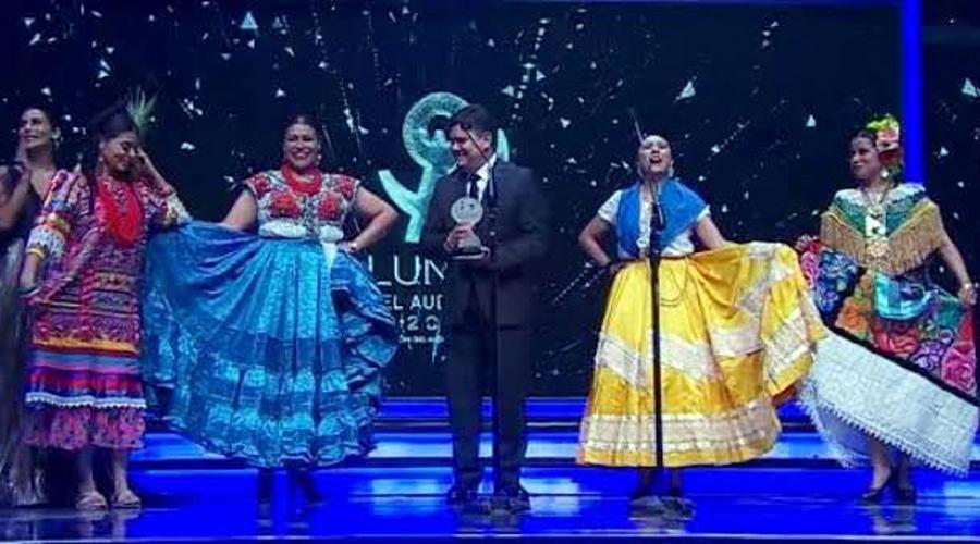 Gana La Guelaguetza, premio nacional Lunas del Auditorio | El Imparcial de Oaxaca