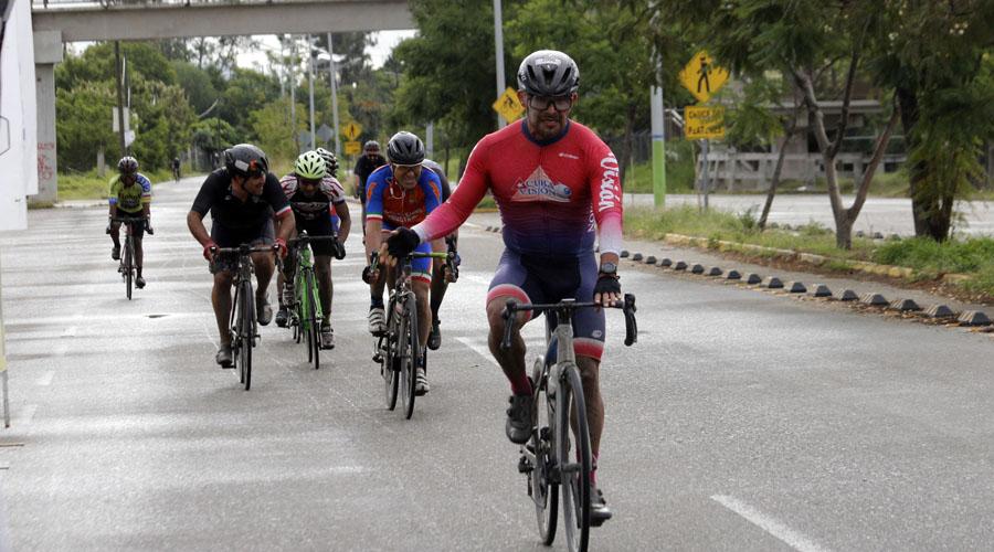 """Ciclistas corrieron """"La Sabatina""""   El Imparcial de Oaxaca"""