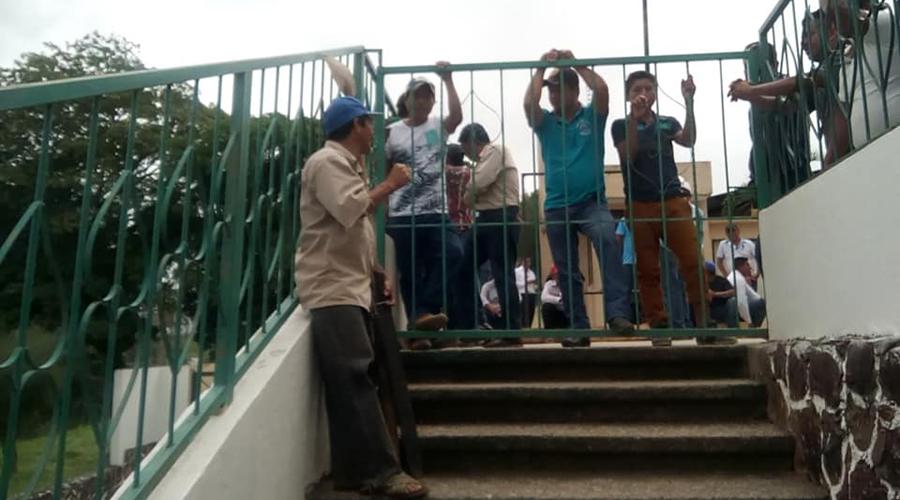 Chivixuyu toma oficinas en Matías Romero | El Imparcial de Oaxaca