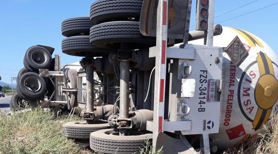 Autotanques, un riesgo en las carreteras del Istmo | El Imparcial de Oaxaca