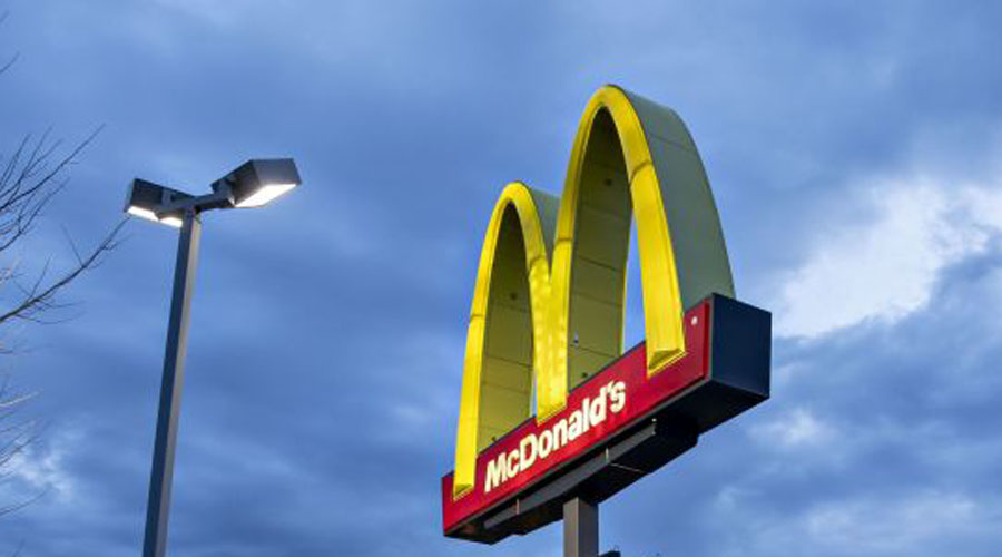 Joven termina drogado por consumir un té helado de McDonald's | El Imparcial de Oaxaca