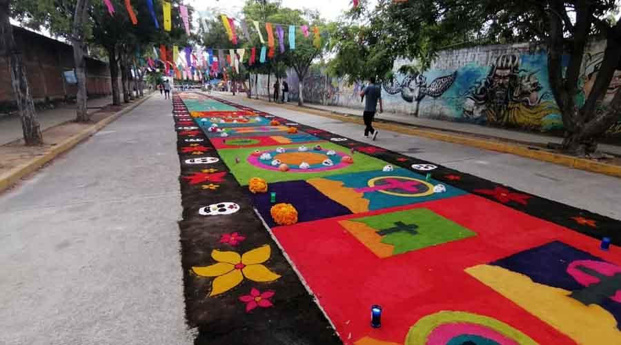 Realizan la sexta exposición de tapetes en la secundaria 86 | El Imparcial de Oaxaca