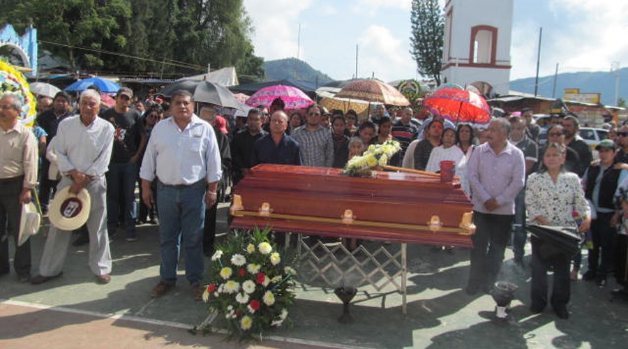 Rinden homenaje póstumo a ex síndico de Huautla   El Imparcial de Oaxaca
