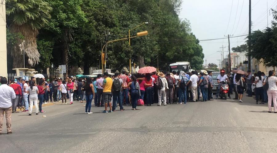Oaxaca, sitiada por constantes bloqueos   El Imparcial de Oaxaca