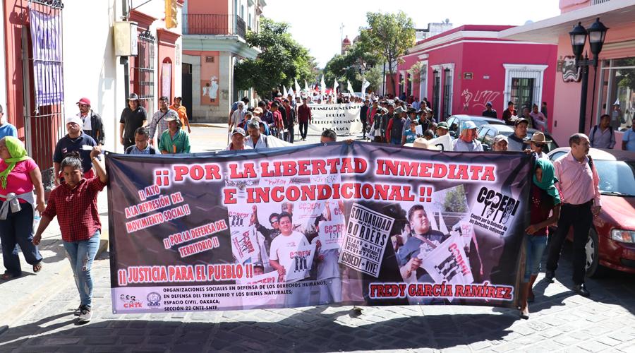 Presionan para liberar a dirigente de Codedi   El Imparcial de Oaxaca