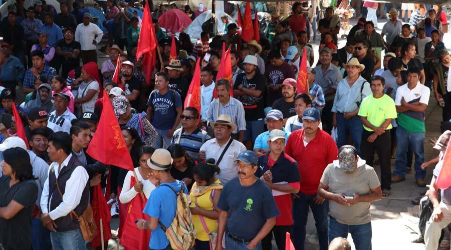 Caótico inicio de semana en la ciudad | El Imparcial de Oaxaca