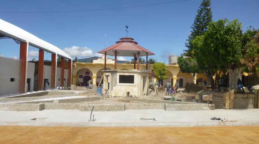 Atienden obras no prioritarias en San Francisco Telixtlahuaca | El Imparcial de Oaxaca