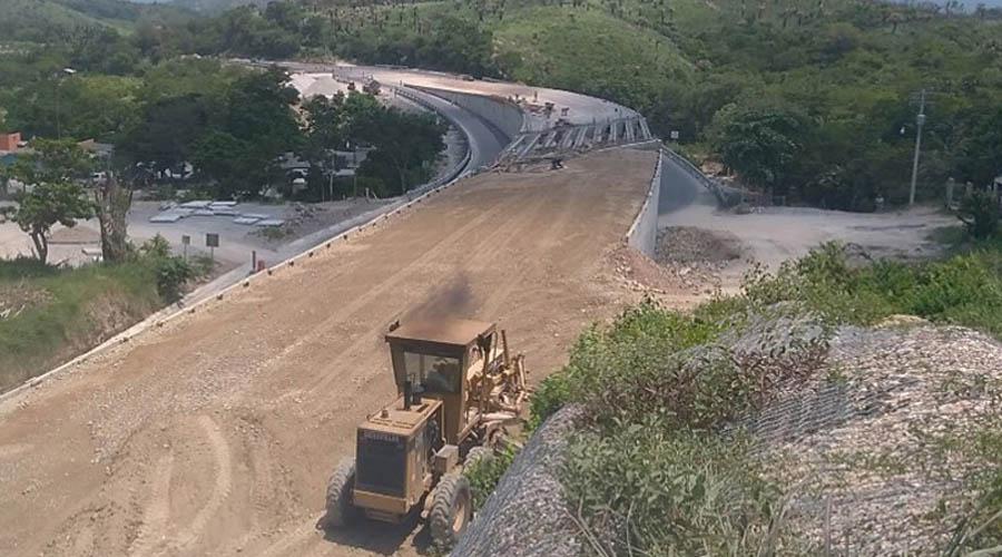 Concluidas obras 2018 en La Acayucan-La ventosa | El Imparcial de Oaxaca