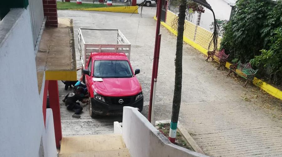 Lo hallan muerto en su camioneta | El Imparcial de Oaxaca