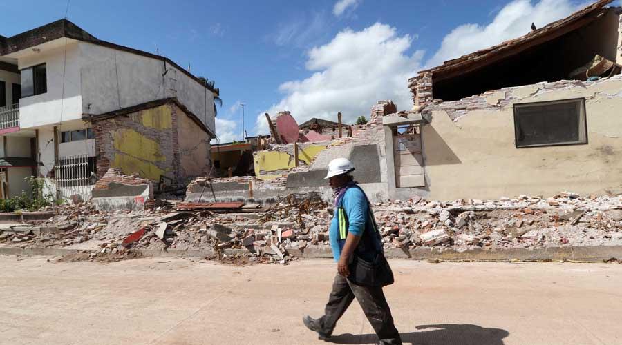 Continúan fraudes contra damnificados por sismos en el Istmo | El Imparcial de Oaxaca