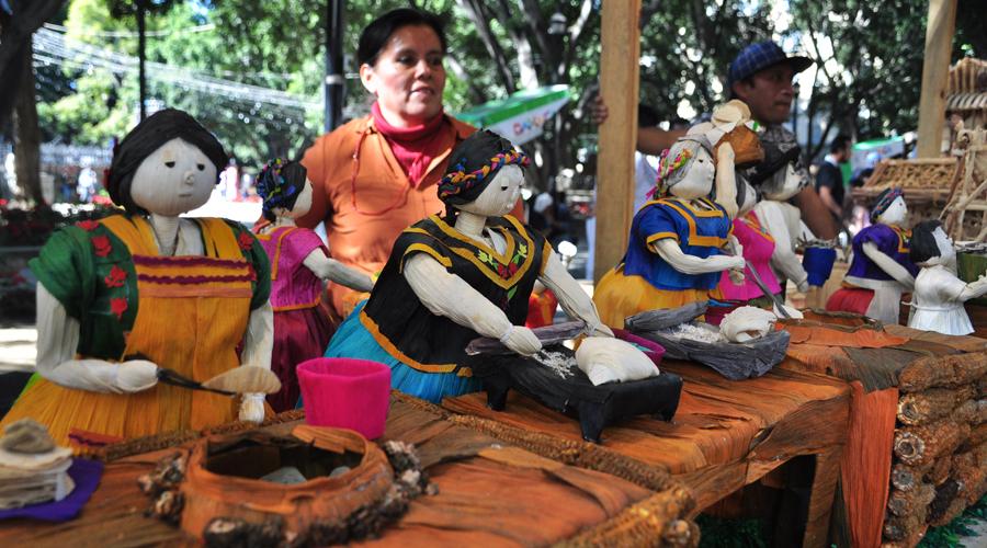 Anuncian para el 22 concurso de Flor Inmortal y Totomoxtle   El Imparcial de Oaxaca