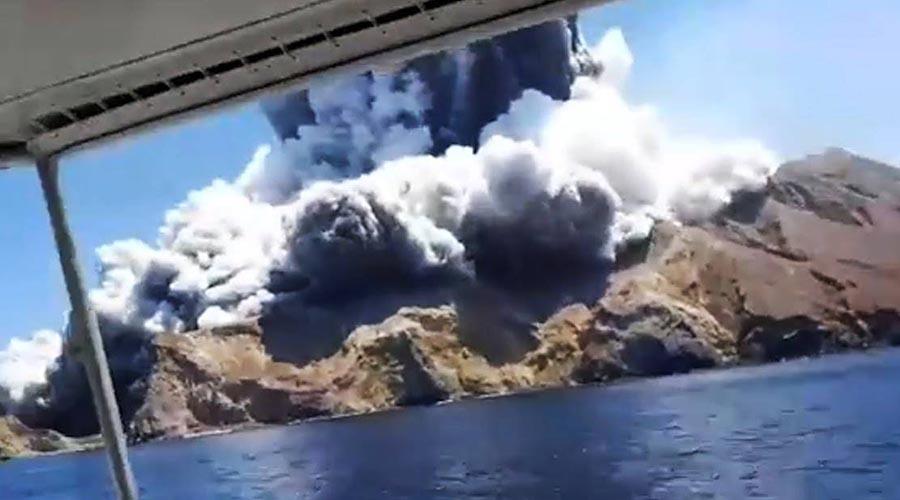 Video: Erupción volcánica deja al menos 5 muertos y 18 heridos | El Imparcial de Oaxaca
