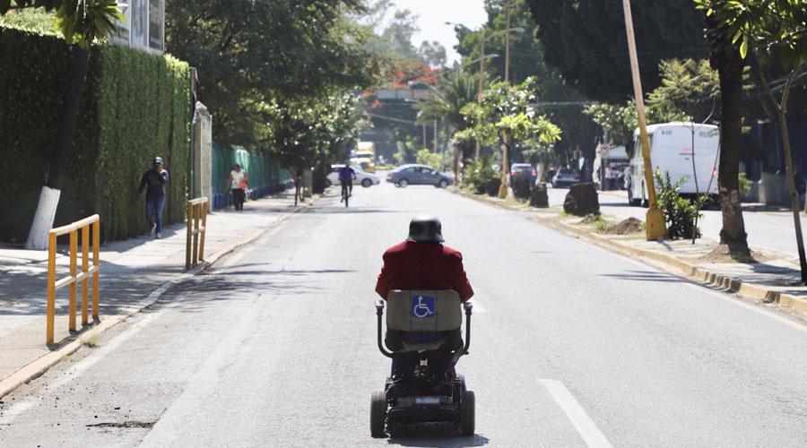 Enfrentan personas con discapacidad falta de transporte adecuado | El Imparcial de Oaxaca