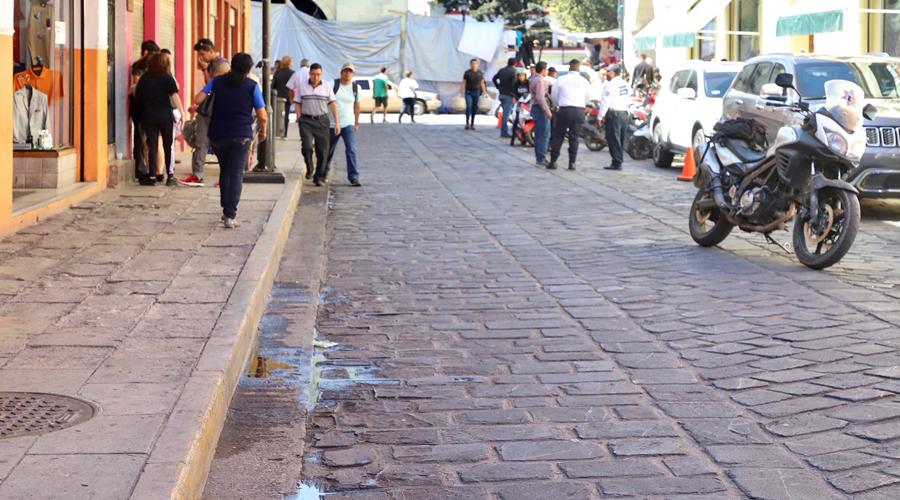 Piden limpieza en calles aledañas al Zócalo de la ciudad   El Imparcial de Oaxaca