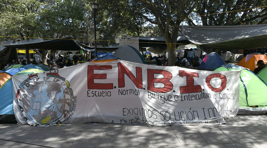 Instalan docentes de la Sección 22 plantón en el Zócalo   El Imparcial de Oaxaca