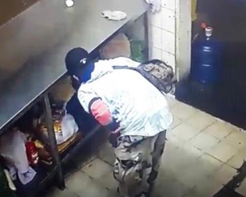Videograbado cuando robaba en un negocio   El Imparcial de Oaxaca