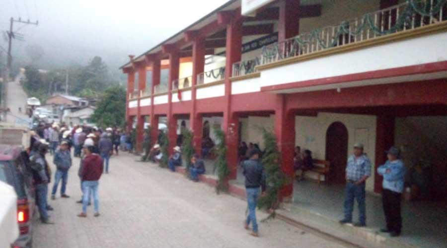 Cierran palacio municipal en San Francisco Chapulapa | El Imparcial de Oaxaca