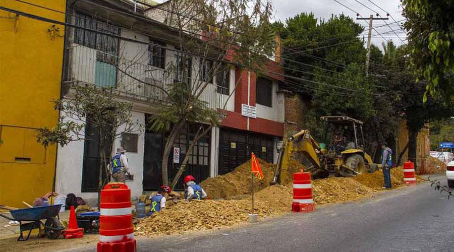 Obras de SAPAO colapsan vialidades | El Imparcial de Oaxaca
