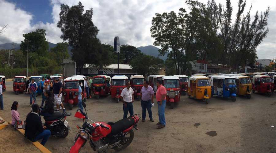 Transportistas teotitecos marchan para exigir operativos | El Imparcial de Oaxaca