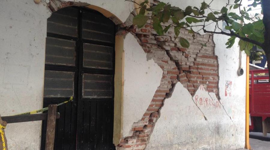 Edificio público a punto de caer en Juchitán de Zaragoza | El Imparcial de Oaxaca