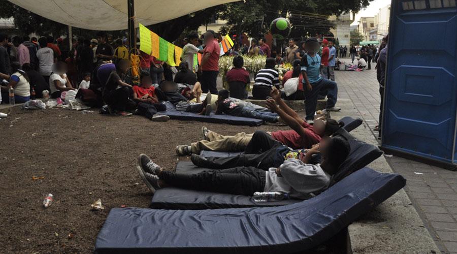Plantones mantienen cerco en Palacio de Gobierno | El Imparcial de Oaxaca
