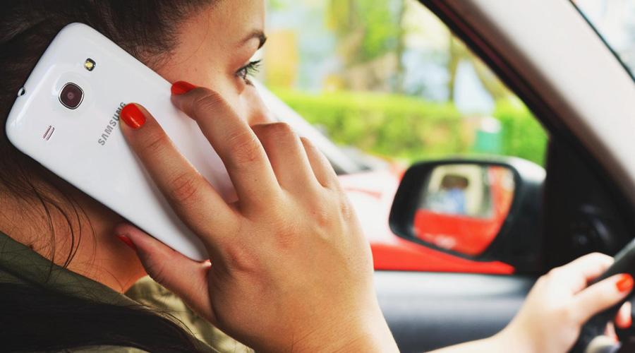 ¿Es imposible dejar el celular mientras manejas? Estos consejos te ayudarán a prevenir un accidente | El Imparcial de Oaxaca