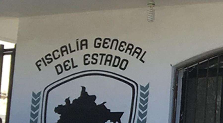 Protestan maestros en Vicefiscalía de Pinotepa | El Imparcial de Oaxaca