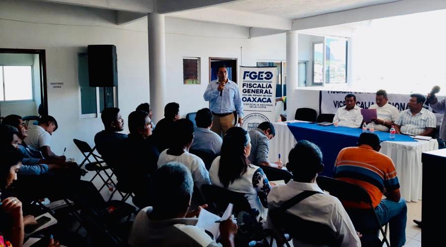 Síndicos costeños reciben un curso | El Imparcial de Oaxaca