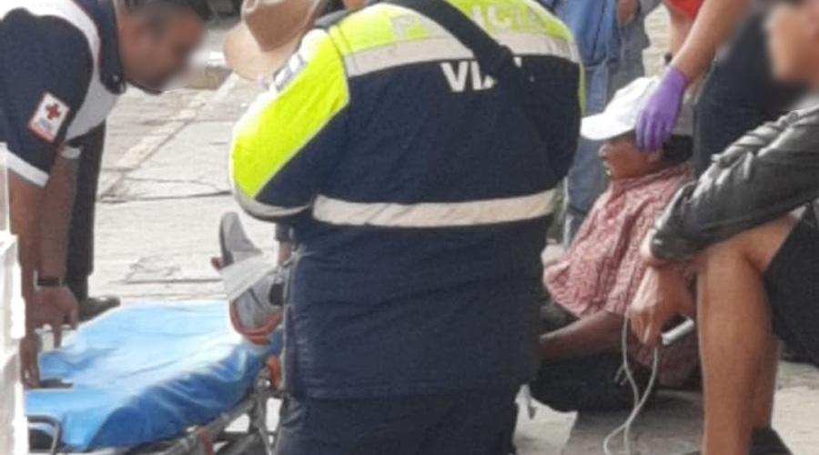 En Tlacolula un hombre de la tercera edad le pasa un auto en el pie y lo lesiona | El Imparcial de Oaxaca