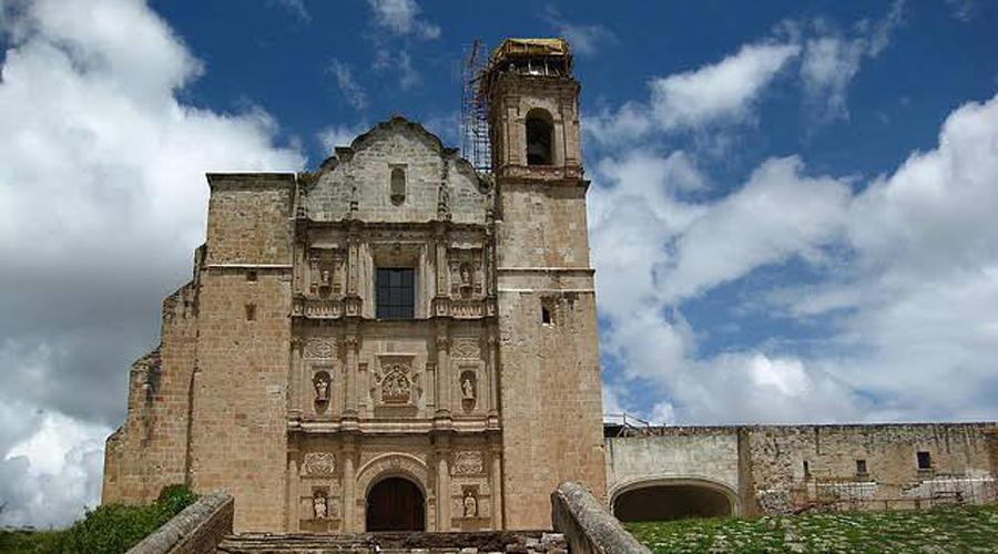 Inician rescate del ex convento de Tlaxiaco | El Imparcial de Oaxaca