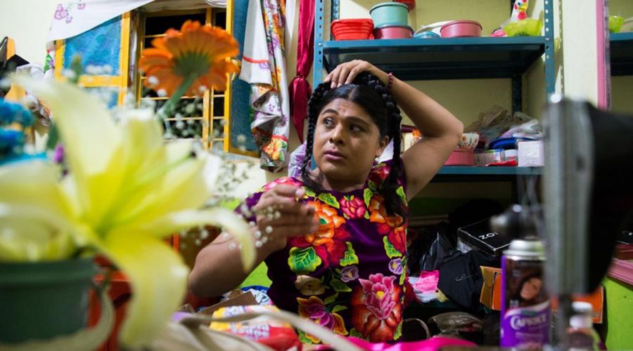 Viven en el olvido muxhes de la tercera edad en el Istmo | El Imparcial de Oaxaca