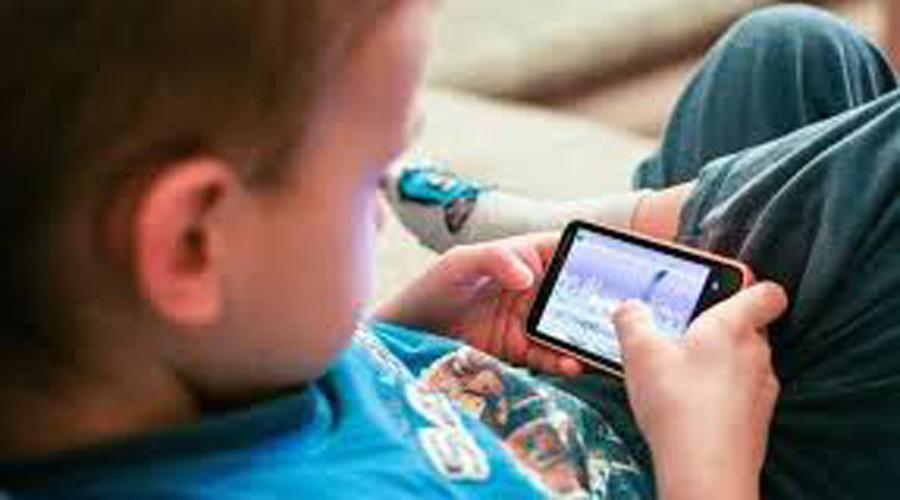 ¿Por qué no es recomendable darle el celular a los niños pequeños? | El Imparcial de Oaxaca
