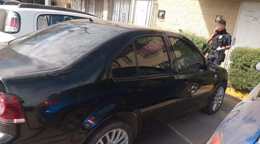 Hallan un auto con  placas sobrepuestas   El Imparcial de Oaxaca