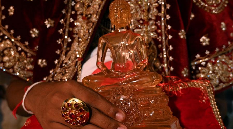 Turistas graban video porno en templo budista; provocan indignación | El Imparcial de Oaxaca