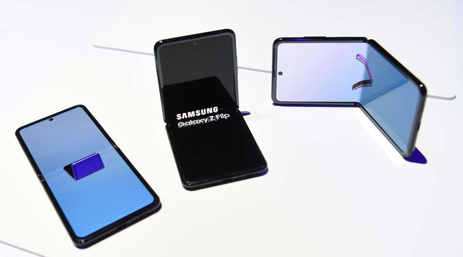 Samsung insiste con el smartphone plegable y lanza el Galaxy Z Flip   El Imparcial de Oaxaca