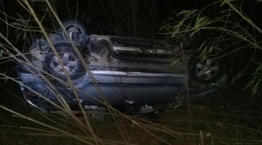 Abandonan un vehículo en Tehuantepec   El Imparcial de Oaxaca