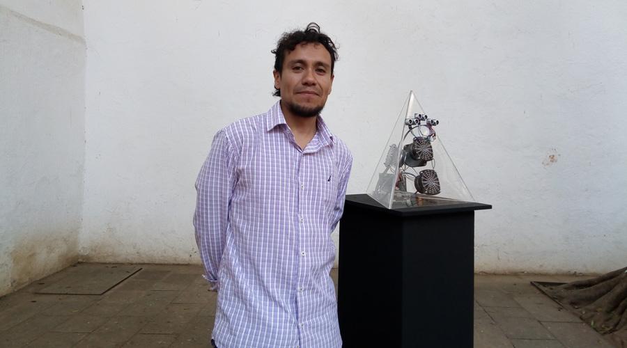 Miguel Reyna se vuelve un contador del tiempo | El Imparcial de Oaxaca