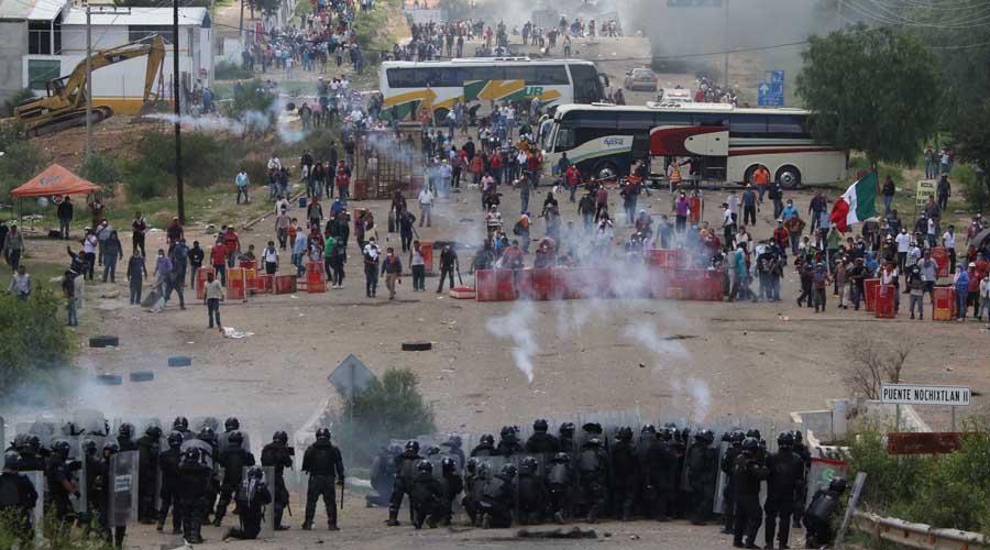 Sección 22 del SNTE exige justicia en el caso de Nochixtlán, Oaxaca   El Imparcial de Oaxaca