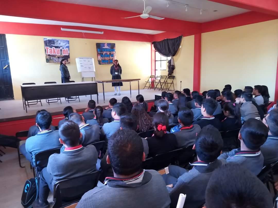Buscan jóvenes de Nochixtlán rescatar la lengua mixteca