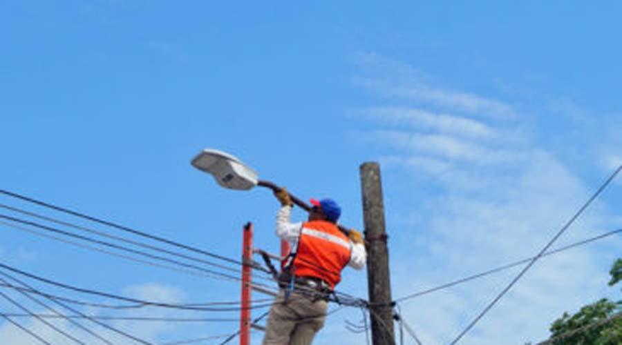 Detectan robo de fotoceldas en las luminarias de la capital oaxaqueña   El Imparcial de Oaxaca