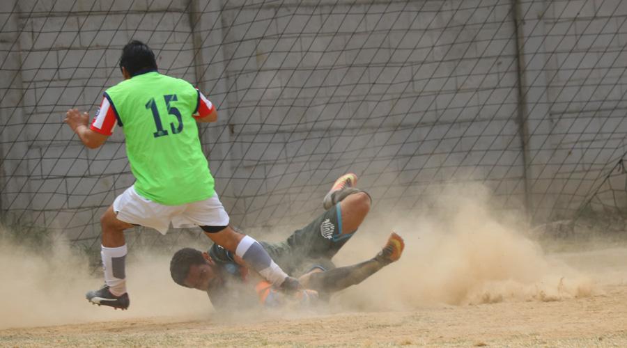 Duelazo de futbol llanero de la liga Premier de Veteraros