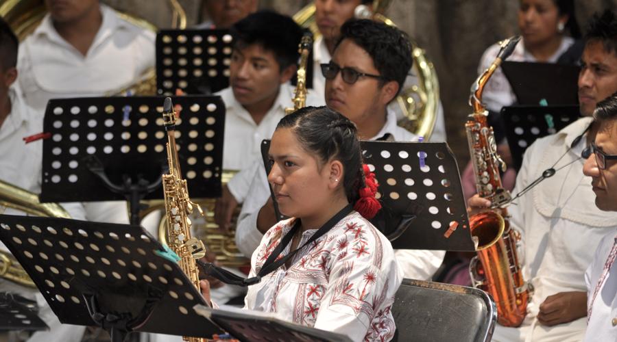 Falta de personalidad jurídica limita al Centro de Capacitación Musical y Desarrollo de la Cultura Mixe