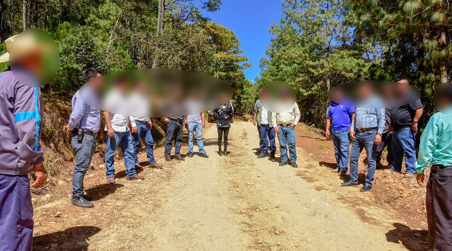 Pueblos de la Mixteca con la esperanza de que pavimenten sus caminos | El Imparcial de Oaxaca