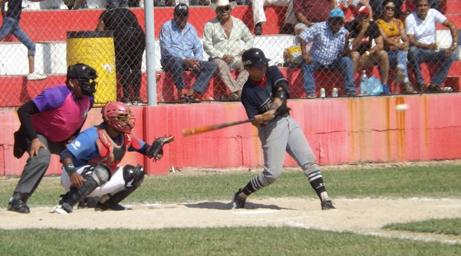 Derrocha talento, Fernando Toledo triunfa en el rey de los deportes | El Imparcial de Oaxaca